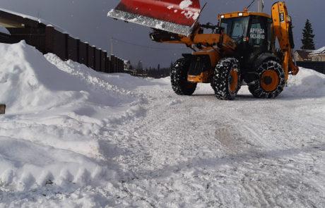 Уборка снега отвалом